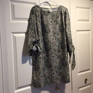 Women's shift dress
